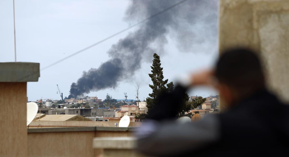 تقارير ليبية بعد الغارات المصرية: طائرات  مجهولة  تدمّر بيوتا وتقتل أطفالا ونساء بدرنة - CNNArabic.com
