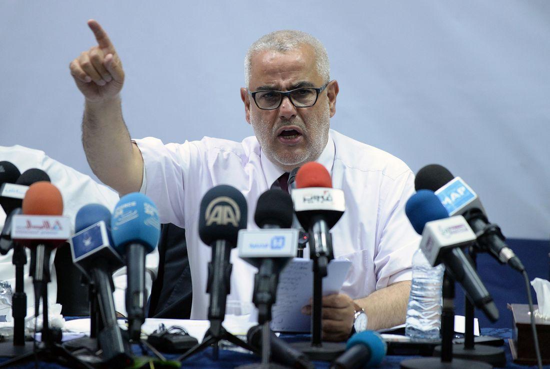 مستخدمون يتداولون هاشتاغ  شكرا_بن_كيران  لدعم اتهامه روسيا بـ تدمير  سوريا - CNNArabic.com