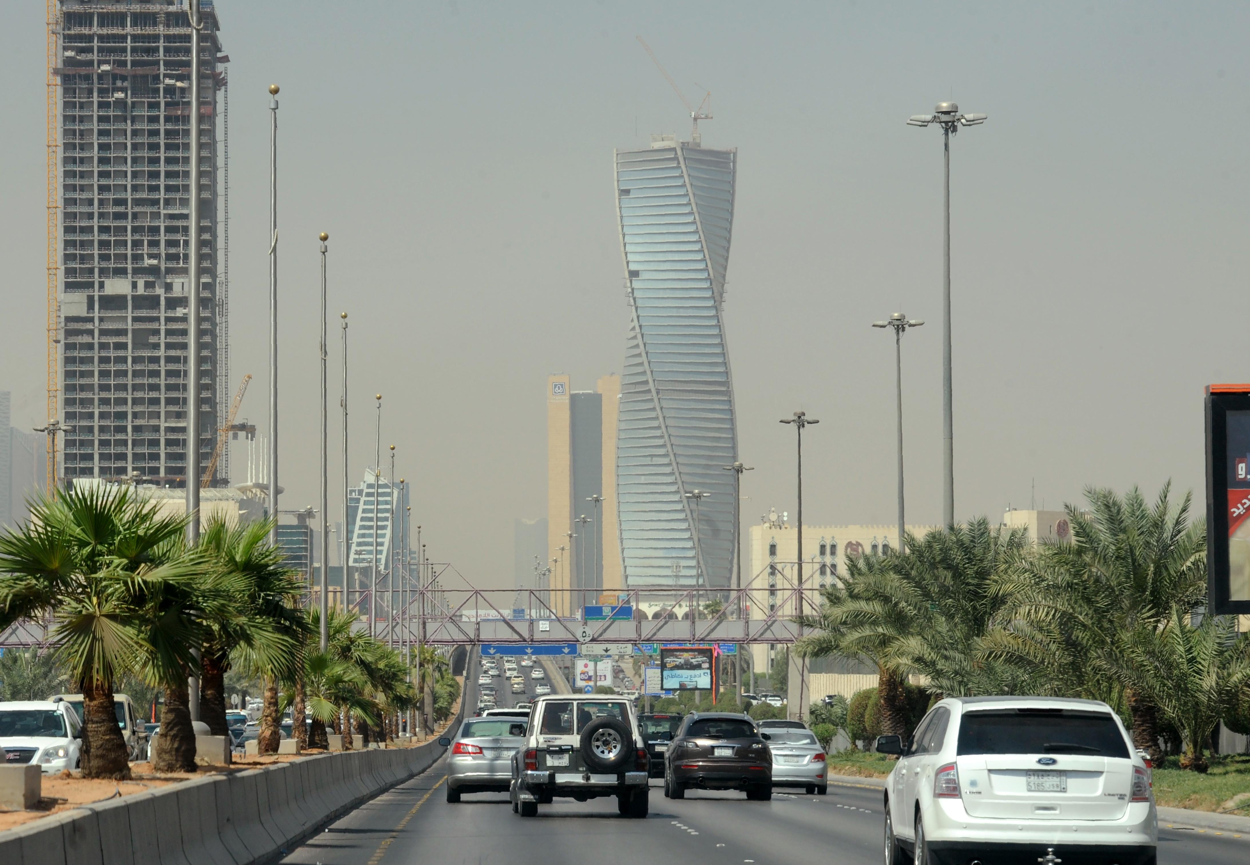صندوق النقد: نمو السعودية لن يزيد عن 0.4% والوظائف أكبر التحديات - CNNArabic.com