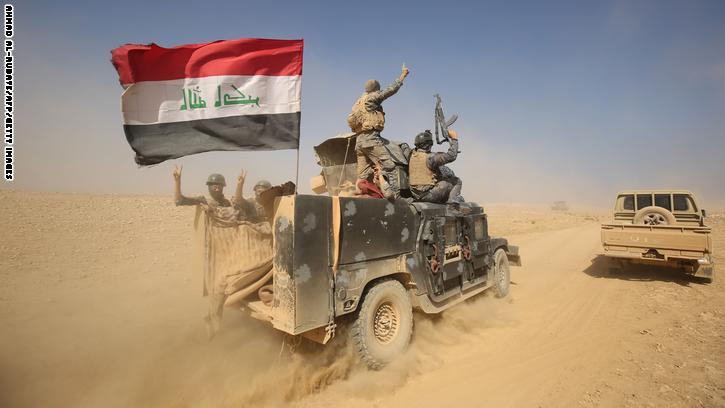 """العبادي ينفي صحة دخول """"مئات عناصر داعش"""" الرطبة.. والحشد الشعبي: سنقهر داعش في الموصل كما فعلنا في الفلوجة"""