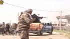 """القوات العراقية في تكريت .. و""""داعش"""" يخلف جثث مقاتليه في المدينة"""
