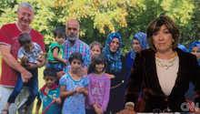 أزمة اللاجئين بأوروبا.. رئيس الحكومة المجرية الحالي يغلق الأبواب.. والسابق يستضيف لاجئين بمنزله ويبين لـCNN: أقوم بما استطيع