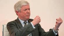 بريطانيا تحقق في تهديدات بقتل مدير BBC بعد الاستغناء عن مقدم برنامج Top Gear