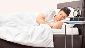 لهذه الأسباب لا تتمكن من النوم بسهولة