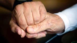 هل سنشهد عالماً يكثر فيه كبار السن؟