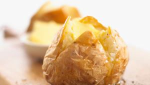 بين اللبن والبيض والتين والبطاطا.. ما هي الأطعمة التي تساعدك على الشعور بالشبع؟