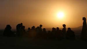 صورة لعراقيين فارين من داعش في شمال العراق