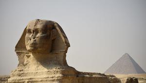 مدحت نافع يكتب عن مصر التي يرسمونها.. ما قصة تلك الصورة الفوتوغرافية الصادمة؟