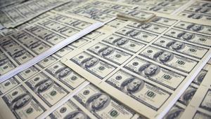 وزارة العدل الأمريكية: لبناني يواجه تهما بتزعم شبكة عالمية توزع ملايين الدولارات المزيفة برعاية أشخاص في لبنان وإيران