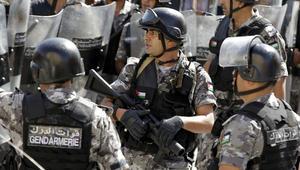 """تجدد المواجهات في """"ذيبان"""" الأردنية بين معتصمين وقوات الأمن"""