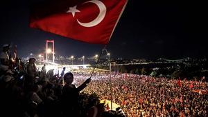 طوارئ تركيا.. إغلاق أكثر من 130 مؤسسة إعلامية وفصل 1684 عنصرا من الجيش بينهم عشرات الجنرالات
