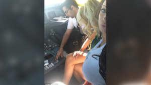 """كابتن إحدى طائرات """"الخطوط الكويتية"""" يستضيف """"ممثلة إباحية"""" داخل قمرة القيادة."""