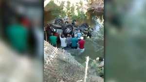 انقاذ ركاب سيارة انقلبت وغرقت في النهر