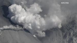 مشاهد من ثوران بركان جبل أونتاكي في اليابان