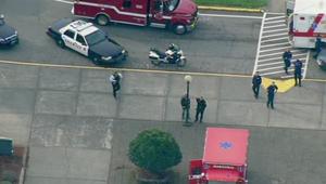 المشاهد الأولية لحادث اطلاق النار  داخل مدرسة في ولاية واشنطن