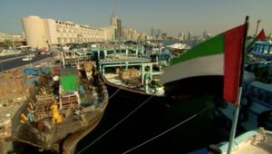 خور دبي..رائحة الماضي و جسر لإيران بعيدا عن صخب السياسة