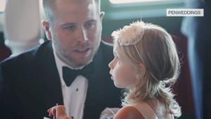 فيديو أبكى الكثيرين.. رجل يقرأ النذور لابنة زوجته في حفل زفافه