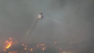 حريق ضخم يلتهم فندقا وإخلاء 500 غرفة بسبب النيران