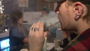 دراسة ..السجائر الإلكترونية أقل ضرراً بنسبة 95 في المائة