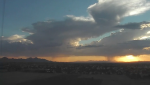شاهد عواصف وأمطار في أريزونا بتقنية الفاصل الزمني