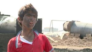 عمالة الاطفال في النفط بسوريا.. أنامل صغيرة تعمل لتأمين