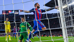 برشلونة يكتسح لاس بالماس ويستعيد الوصافة مؤقتا