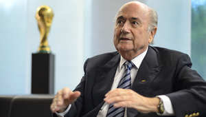 رئيس الاتحاد الدولي لكرة القدم سيب بلاتر