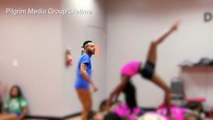 """مدرب رقص مصاب بـ""""إيدز"""