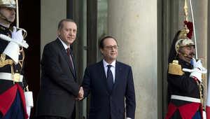 أردوغان وهولاند من باريس: خصمان لنا في سوريا يجب محاربتهما معاً..