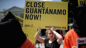 مظاهرة تطالب بإغلاق معتقل غوانتنامو في واشنطن