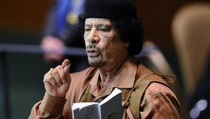 """بعد خمس سنوات على مقتله.. القذافي """"الغائب الحاضر"""" في ذاكرة الليبيين"""