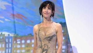 ممثلة فرنسية: رفضت تسلّم وسام الشرف بسبب منحه لأمير سعودي