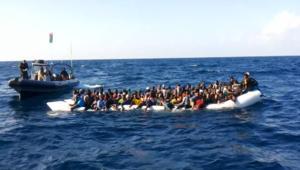 مهاجرون يهربون من داعش ليجدون عناصره على قواربهم لأوروبا