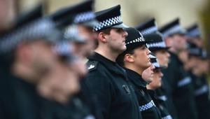 الشرطة الاسكتلندية تفتح باب العمل أمام المحجبات