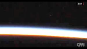 ناسا تنفي ادعاءات بظهور صحن فضائي خلال بث مباشر من المحطة الدولية