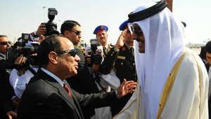 أمير قطر في شرم الشيخ.. ما الذي جرى بين السيسي وتميم بأول لقاء قبل القمة العربية؟
