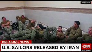 الجيش الأمريكي يسرح ضابطا ثانيا بعد حادثة احتجاز إيران لعناصر بالبحرية الأمريكية