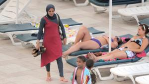 ما هو الجدل الدائر حول منع فرنسا لـ