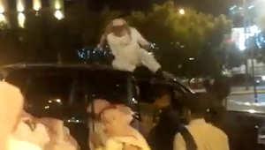 الصورة مأخوذة من فيديو نُشر على يوتيوب حول حادثة ضرب