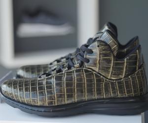 20 ألف دولار لأغلى حذاء رياضي في العالم.. فقط في دبي!