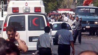 سوريا: مقتل 4 وجرح 19 آخرين بتفجير حافلة بدمشق والمرصد يقول إن الحافلة لبنانية تحمل زوارا شيعة