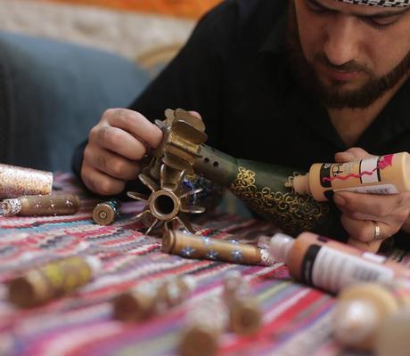 الفنان السوري أكرم أبو الفوز