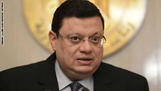 محكمة الجنايات تحيل ياسر علي الى محكمة الجنايات بتهمه مساعدة قنديل على الهروب
