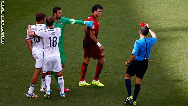 كأس العالم البرازيل 2014 Portugal.red_.card_