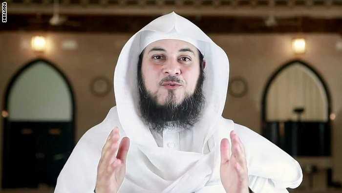 استضافة الشيخ العريفي في المغرب تثير جدلًا.. ومعلّقون يتهمونه بتشجيع الإرهاب