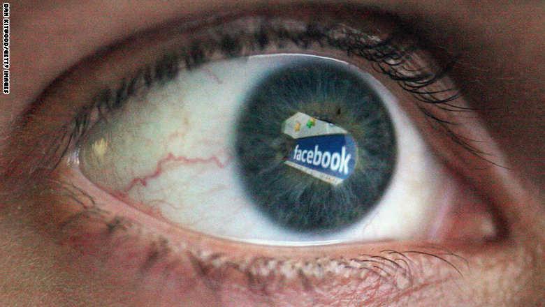 """5 أنواع من الأشخاص ليسوا """"أصدقاء"""" في """"فيسبوك"""".. من هم؟"""