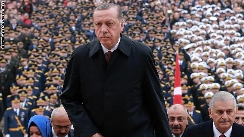 """أردوغان: ردنا سيكون مختلفا إذا ارتكب """"الحشد"""" أعمالا إرهابية في تلعفر"""
