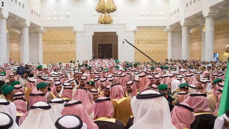العاهل السعودي يعين محمد بن نايف وليا للعهد ومحمد بن سلمان وليا لولي العهد Saudi-bayaa