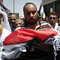 مصادر طبية فلسطينية: وفاة شاب متأثر بجراحه بعد مواجهات مع الأمن الإسرائيلي مساء الجمعة في رام الله