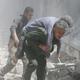 """المرصد السوري: سقوط 6 آلاف قتيل في 7 أشهر.. والائتلاف: """"هولوكوست حلب"""" مستمر بنيران الأسد وبوتين"""